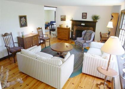 CENTRAL A/C AND UNBELIEVABLE LOCATION IN ORLEANS! - Orleans, MA - Cape Cod
