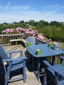 Beautiful Home Close To Town, Beaches, & Nightlife On Block Island, RI