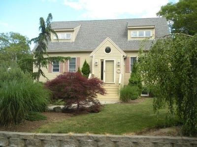 Immaculate Vacation Home A Quarter Mile To Beach - Barnstable, MA - Cape Cod