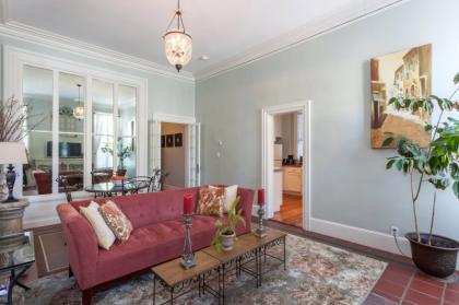 Lovely Tuscan Inspired - Providence, RI Vacation Rental