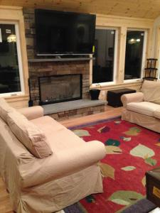 Luxury Fox Hollow Estate Home On Laurel Lake Lenox, MA