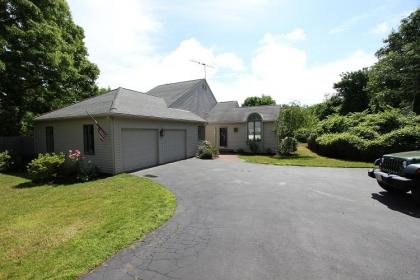 70 Country Club Dr - Barnstable, MA - Cape Cod