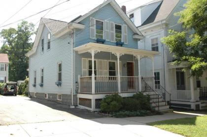 Charming Home In The Heart Of Historic Bristol - Vacation Rental Bristol, RI - East Bay Area