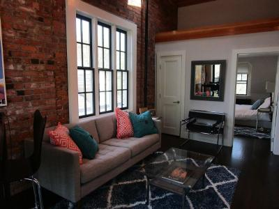 Penthouse Apartment At Yale University Save - New Haven, CT - Greater New Haven CT