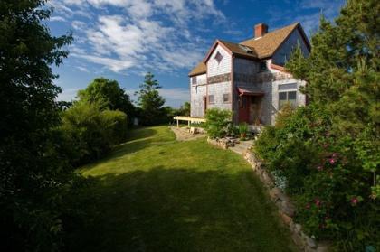 Architect Designed/Tranquil Retreat/Walkable - New Shoreham, RI - Block Island, RI Vacation Rental