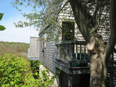 Block Island, RI, Charming Cottage, Secluded, Borders Conservation Preserve - Block Island, RI - Blo