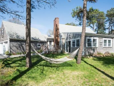 West Chatham 4 Bed/3 Bath Getaway For 8+ In Chatham! Private And Pet Friendly! Central Air - West Ch