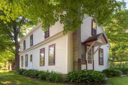 Bridgewater Country Cottage - Killington, VT Area Vacation Rental